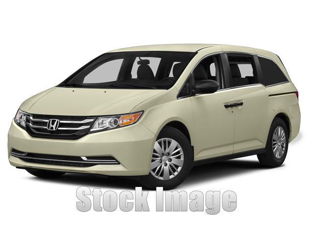 2014 Honda Odyssey LX  Passenger Van Miles 27897Color SILVER Stock T044149 VIN 5FNRL5H27EB04