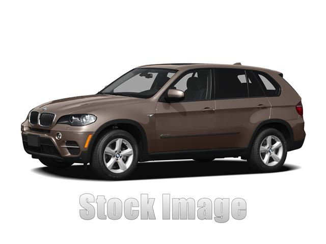 2011 BMW X5 xDrive35i Premium  All-wheel Drive Sports Activity Vehicle LOADEDSuper Sharp X5 in