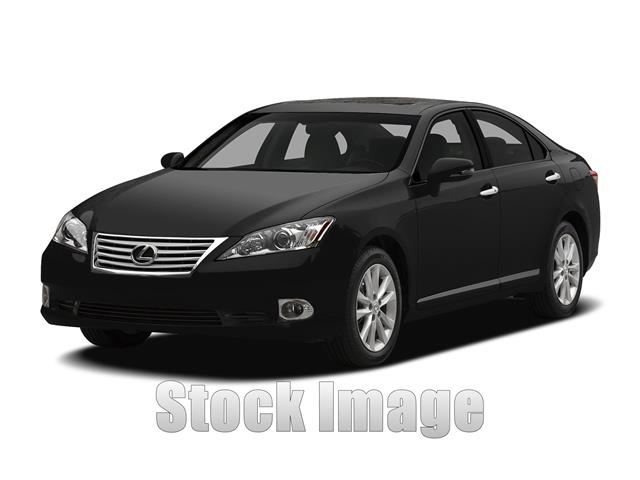 2011 Lexus ES 350 Sedan LuxuryOne Owner ES 350 in Immaculate Condition and LOW MILESL O A D