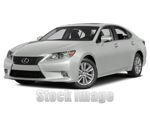 2013 Lexus ES 350 Sedan Spotless Starfire Pearl with Black Leather ES350 in Immaculate Condition