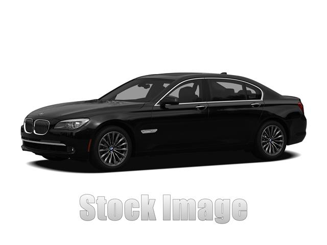 2011 BMW 740 i  Rear-wheel Drive Sedan True LuxuryPure Power L O A D E D 740I in Immaculate