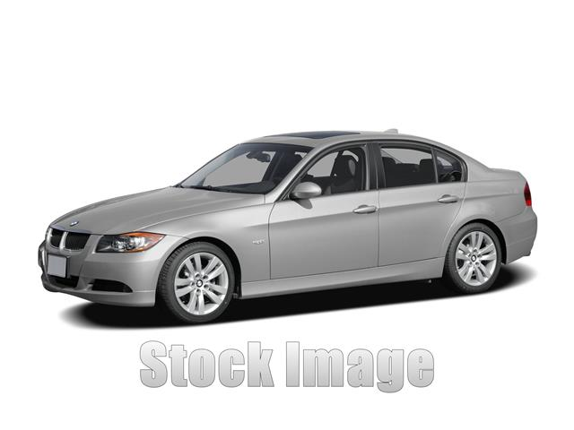 2007 BMW 335 i  Rear-wheel Drive Sedan LOW LOW MILES on this Well Maintained Spotless 2007 335 S