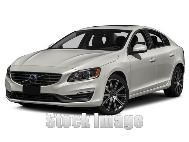 2014 Volvo S60 T5 Premier  Front-wheel Drive Sedan Great Color Combo on this Well MaintainedL