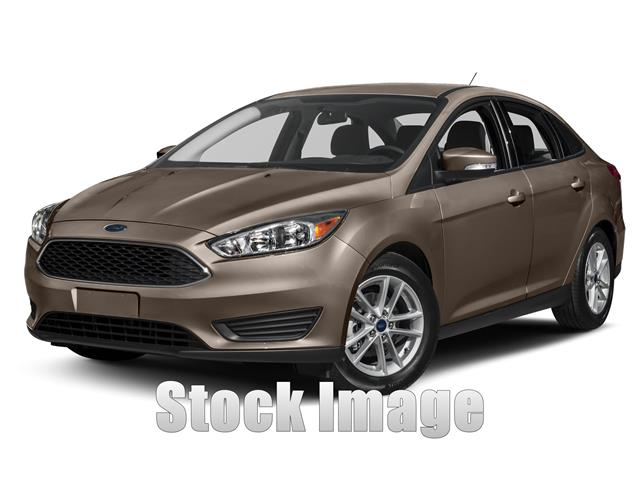 2015 Ford Focus SE Sedan Miles 1440Color OXFORD WHITE Stock M51388TU VIN 1FADP3F27FL221244